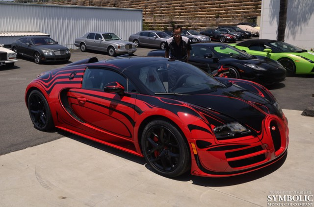 video red and black bugatti veyron l or blanc style delivered. Black Bedroom Furniture Sets. Home Design Ideas