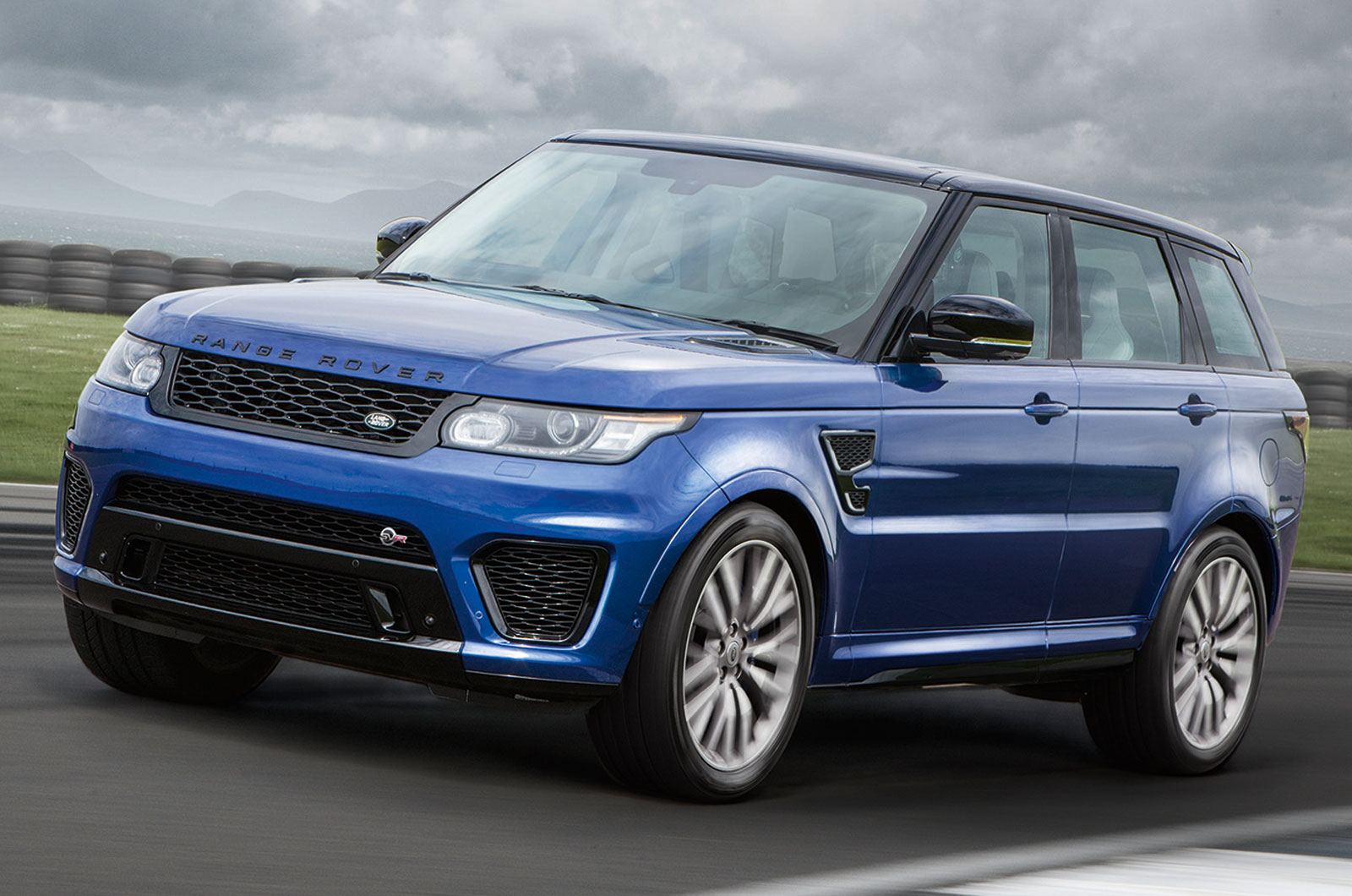 official 2015 range rover sport svr gtspirit. Black Bedroom Furniture Sets. Home Design Ideas