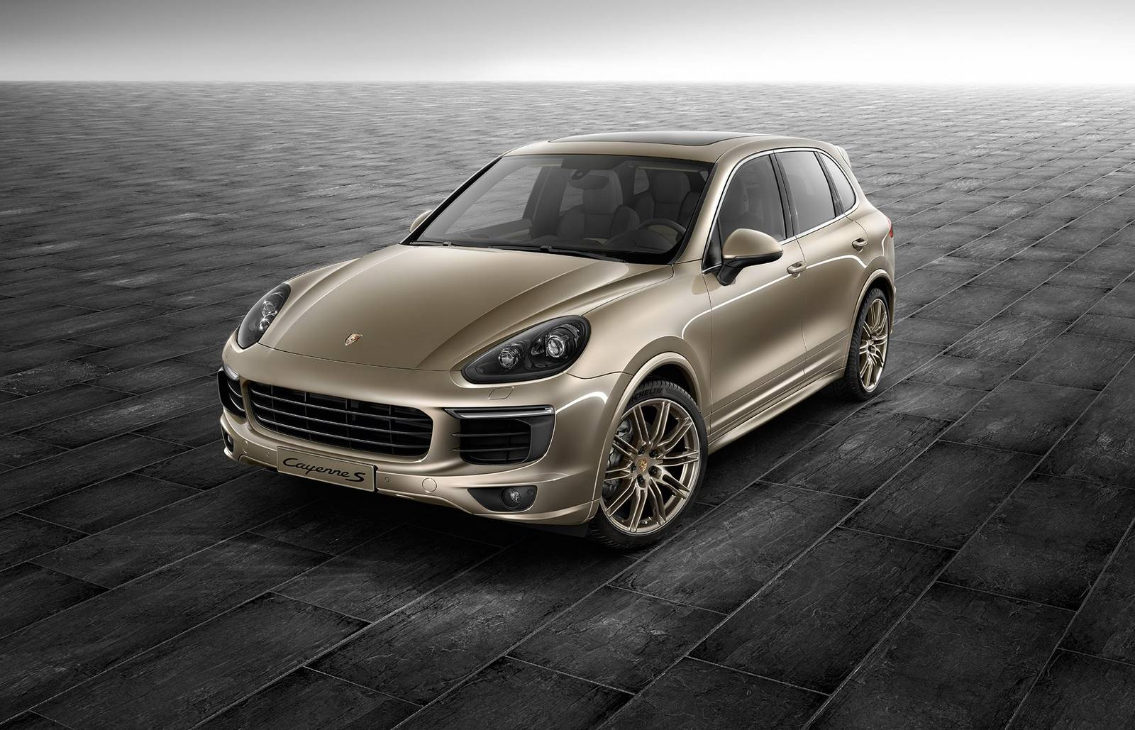 official palladium metallic porsche exclusive cayenne s gtspirit. Black Bedroom Furniture Sets. Home Design Ideas