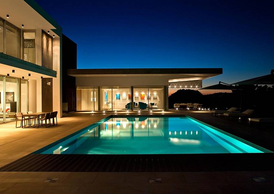 Extravagant Quinta Villa in Portugal by Tollgard Design Group
