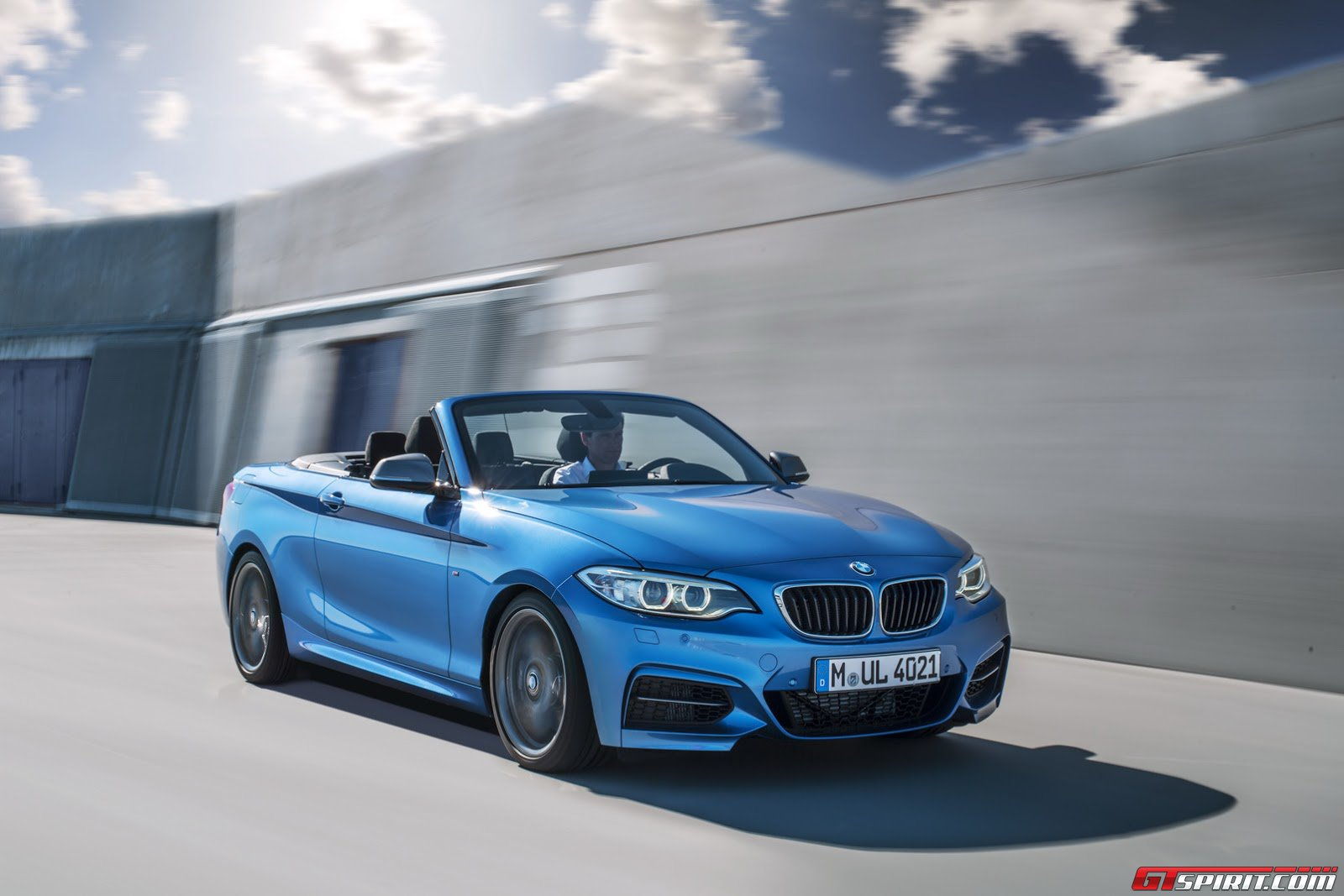 official 2015 bmw 2 series convertible gtspirit. Black Bedroom Furniture Sets. Home Design Ideas