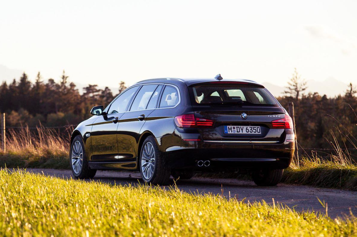 2016 Bmw 530d Touring Review Gtspirit