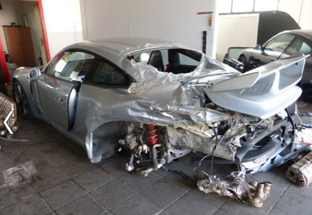 Destroyed porsche 991 gt3 for sale in germany gtspirit destroyed porsche 991 gt3 for sale in germany sciox Images