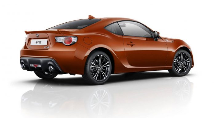 Official: 2015 Toyota GT86