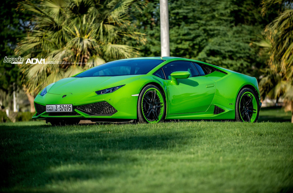 verde mantis lamborghini huracan with matching adv 1 shoes gtspirit. Black Bedroom Furniture Sets. Home Design Ideas