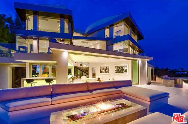 Lavish 24 million house for sale in hollywood hills 39 bird for Luxury homes for sale la