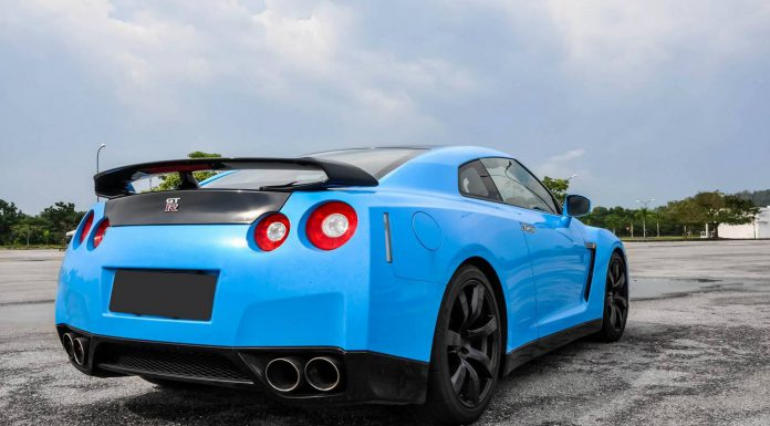 Blue Nissan GT-R and Audi R8 Combo Photoshoot!