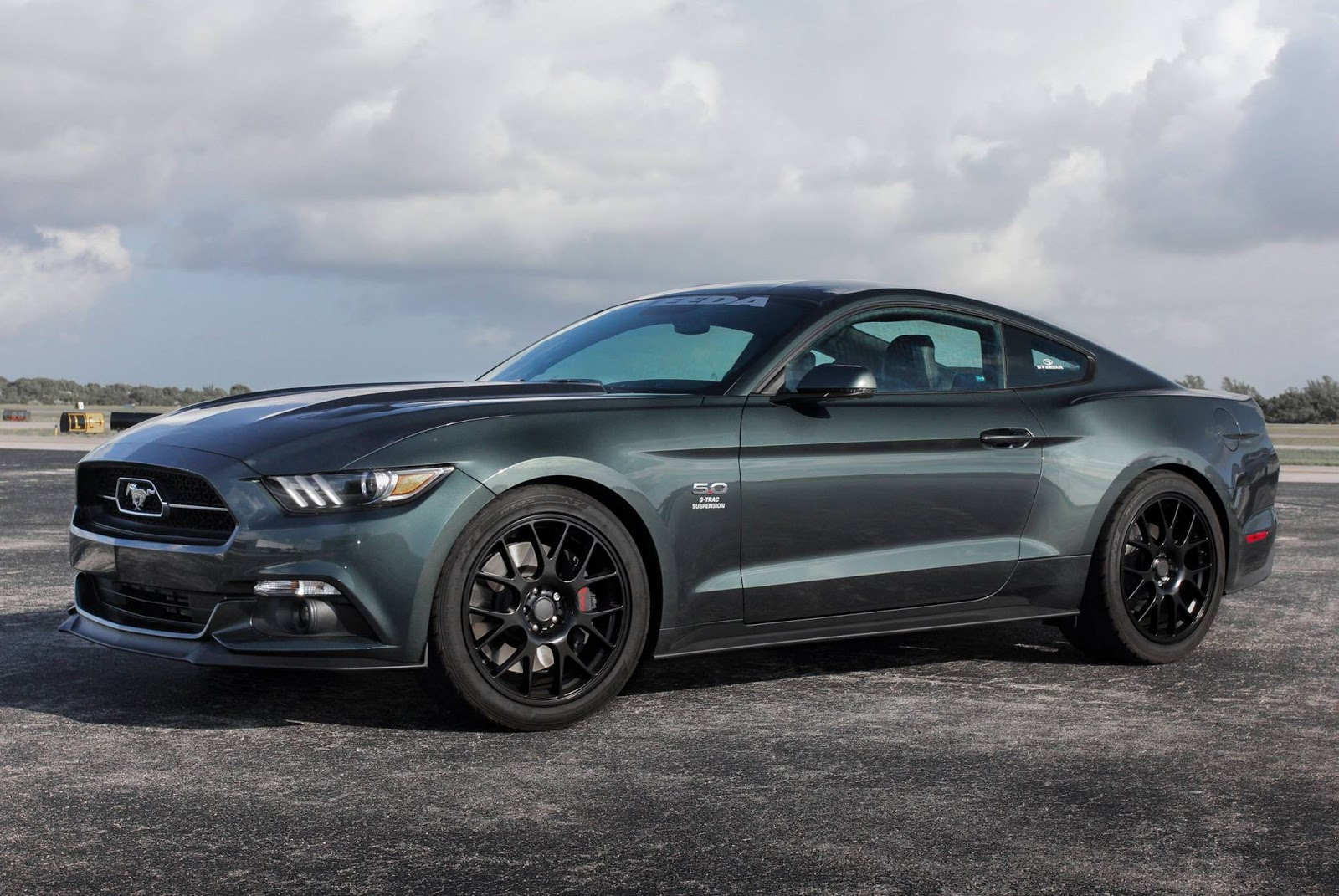 steeda reveals 2015 ford mustang upgrades gtspirit. Black Bedroom Furniture Sets. Home Design Ideas