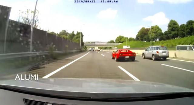 Video: Ferrari 288 GTO Loses Wheel in High Speed Run