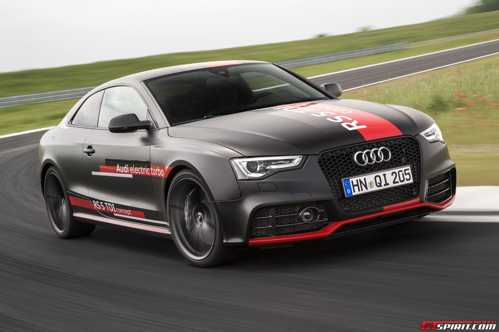 first drive audi rs5 tdi concept gtspirit. Black Bedroom Furniture Sets. Home Design Ideas