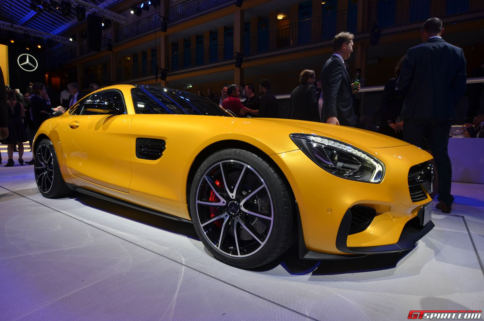 Paris 2017 Mercedes Amg Gt Edition 1