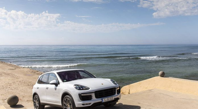 porsche-cayenne-turbo-carrara-white-metallic