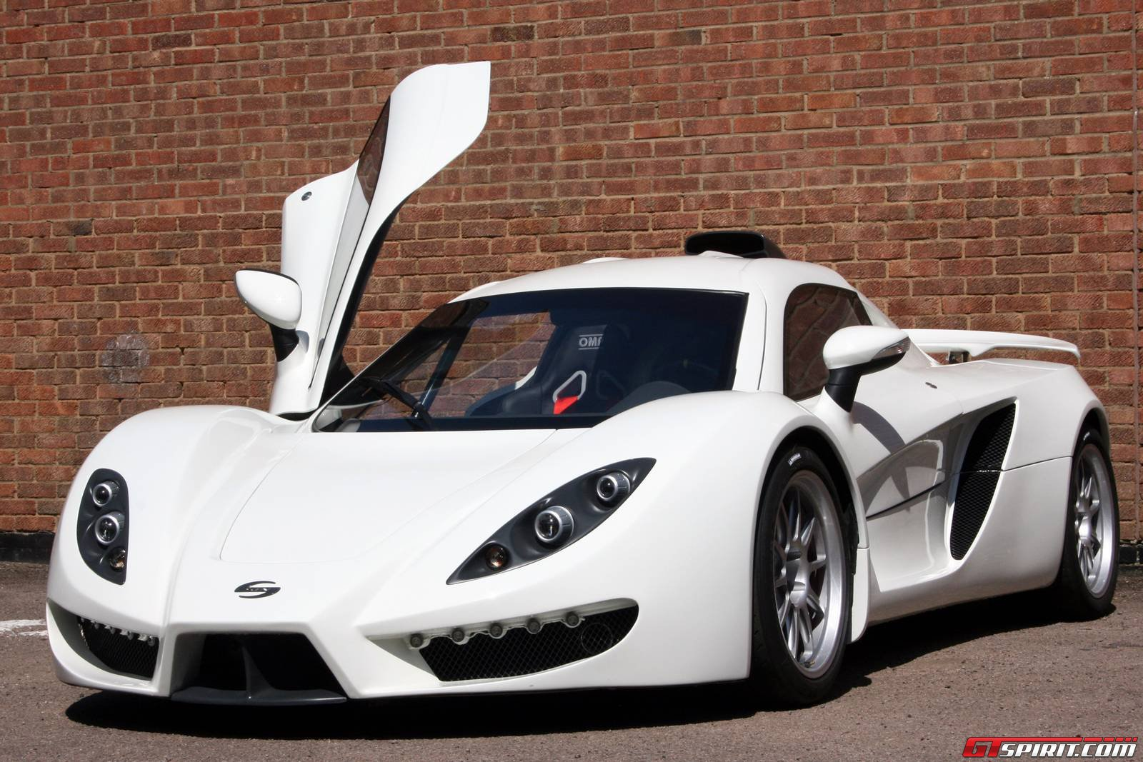 British Sin R Sports Car Goes On Sale GTspirit - Sports cars 80 000