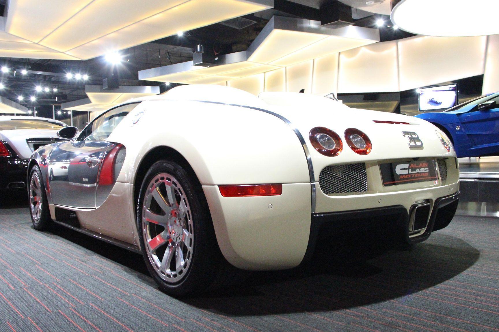 bugatti veyron l edition centenaire s for sale at al ain class gtspirit. Black Bedroom Furniture Sets. Home Design Ideas