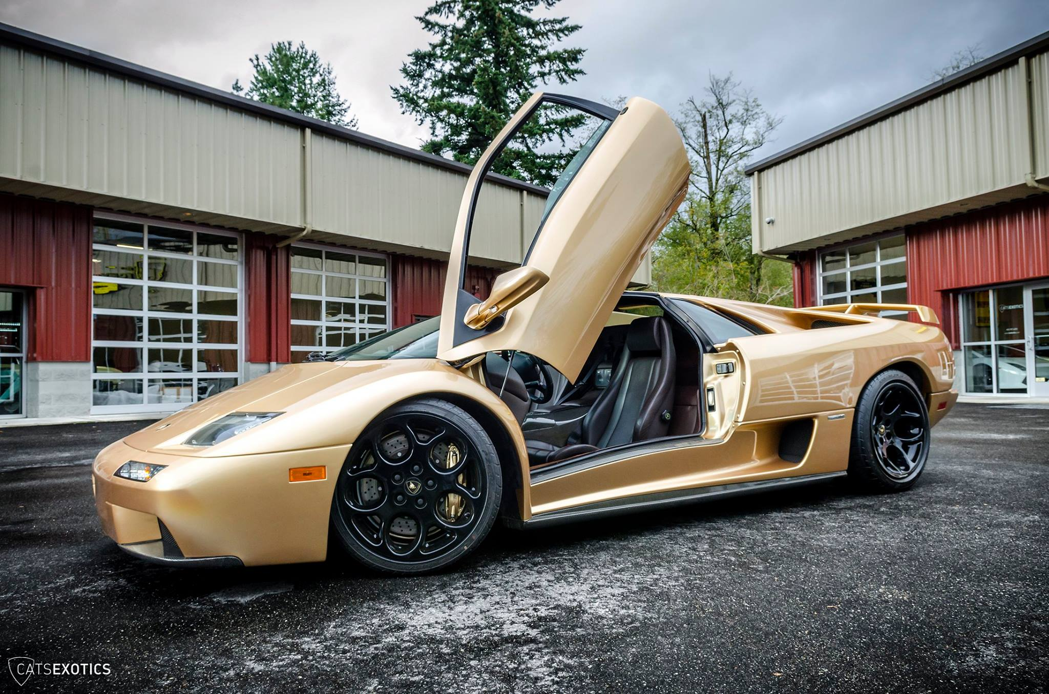 For Sale: Rare 2001 Lamborghini Diablo 6.0 SE #12 of 42