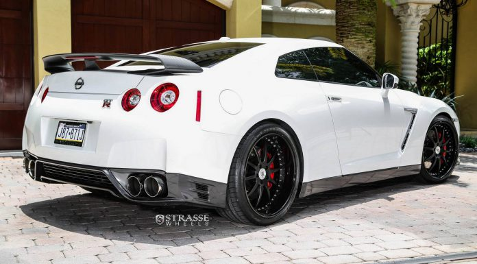 Pearl White 2015 Nissan GT-R Black Edition