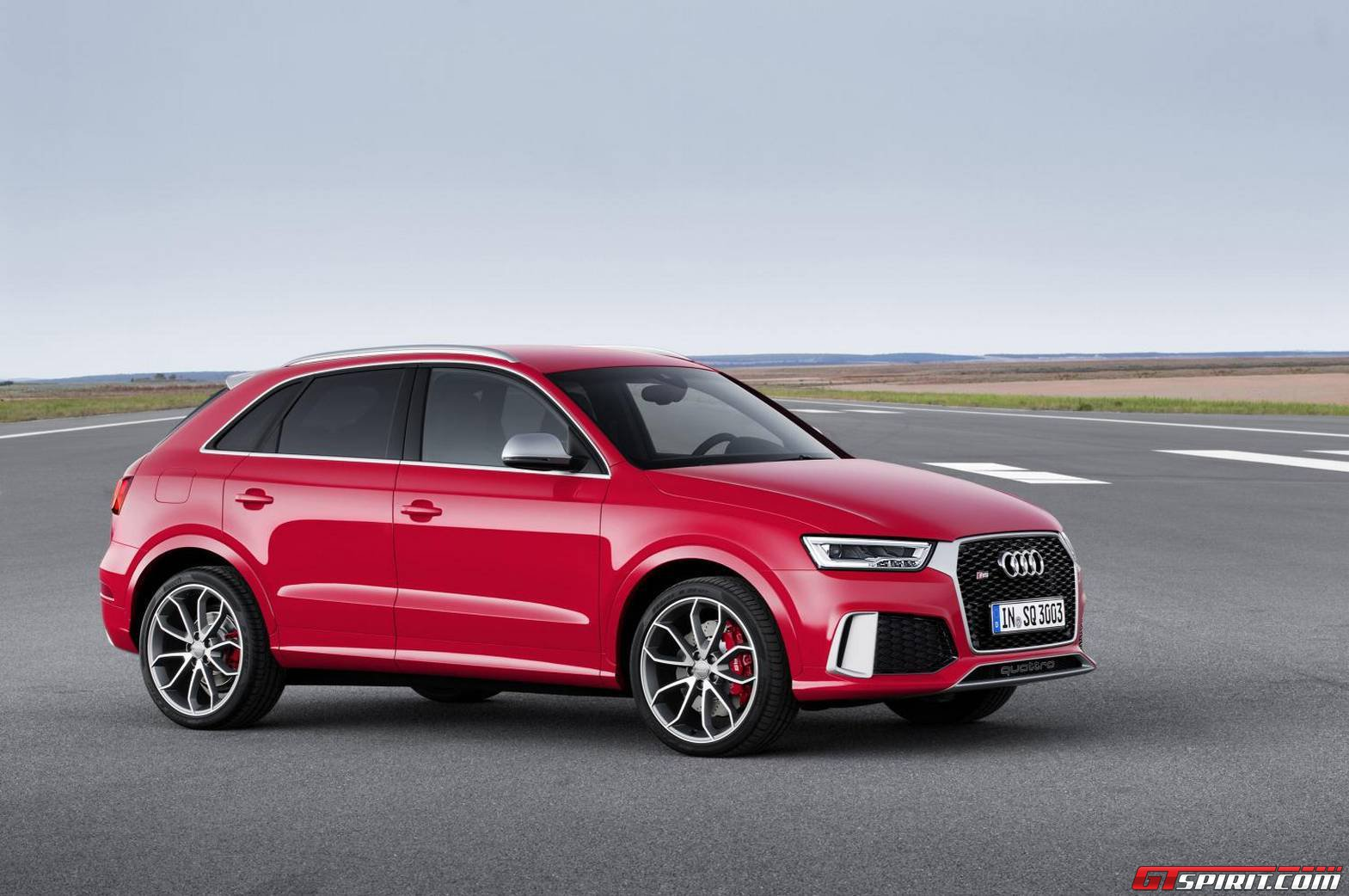 Official 2015 audi q3 rs q3 facelift gtspirit for Quando esce la nuova audi q3 2018