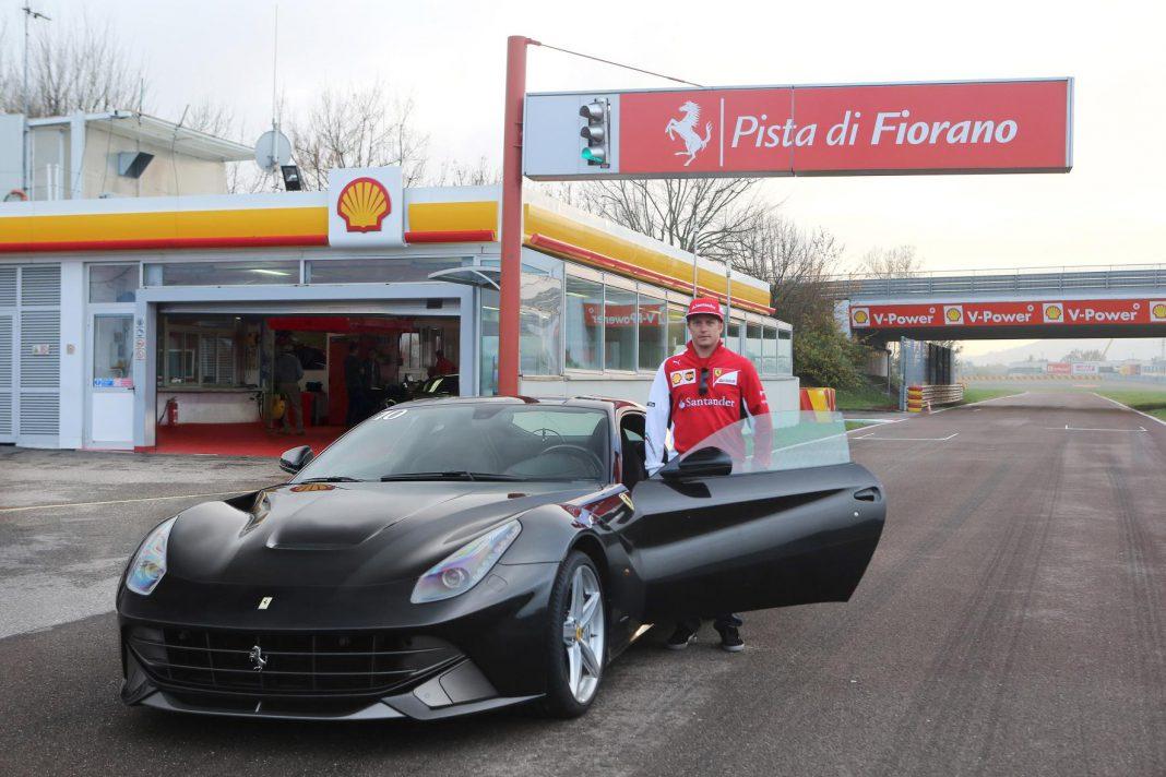 Video: Hot Lap in a Ferrari F12 with Kimi Räikkönen