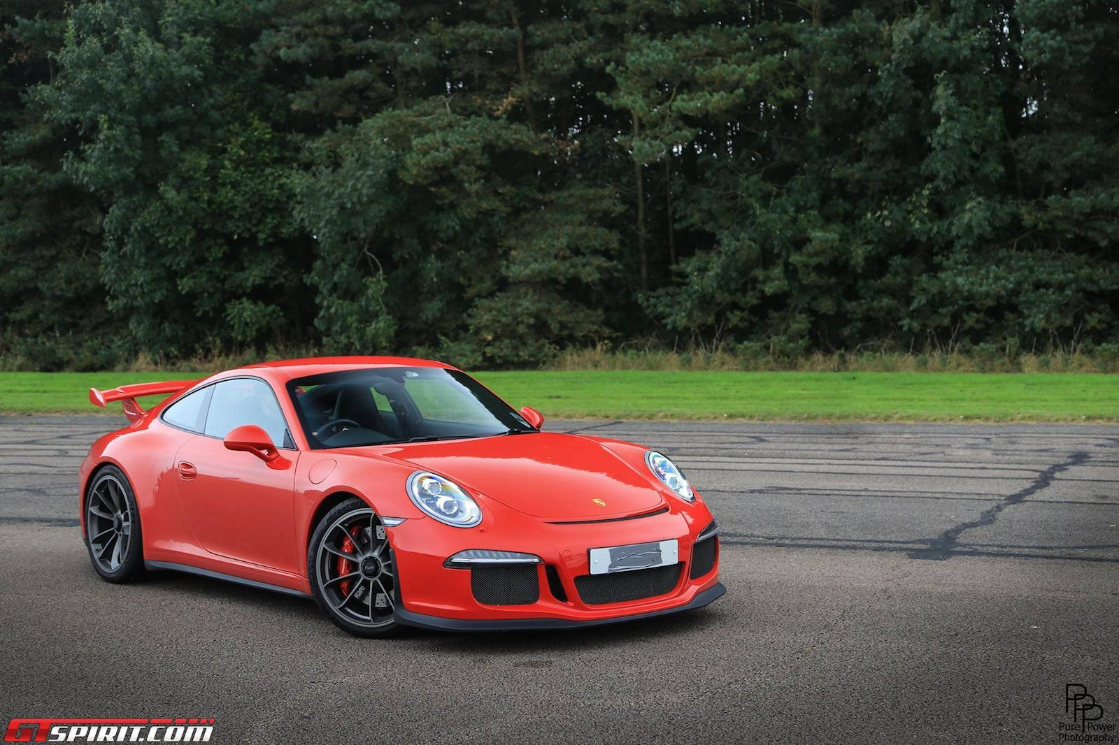 photo of the day red porsche 991 gt3 gtspirit. Black Bedroom Furniture Sets. Home Design Ideas