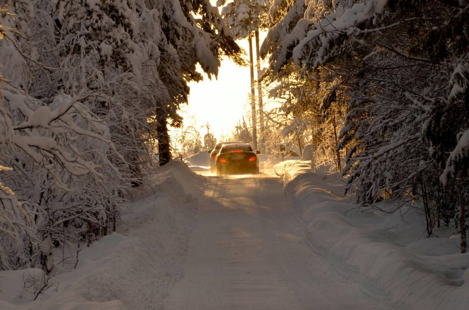 Mercedes Benz Winter Driving Experience Kicks Off In