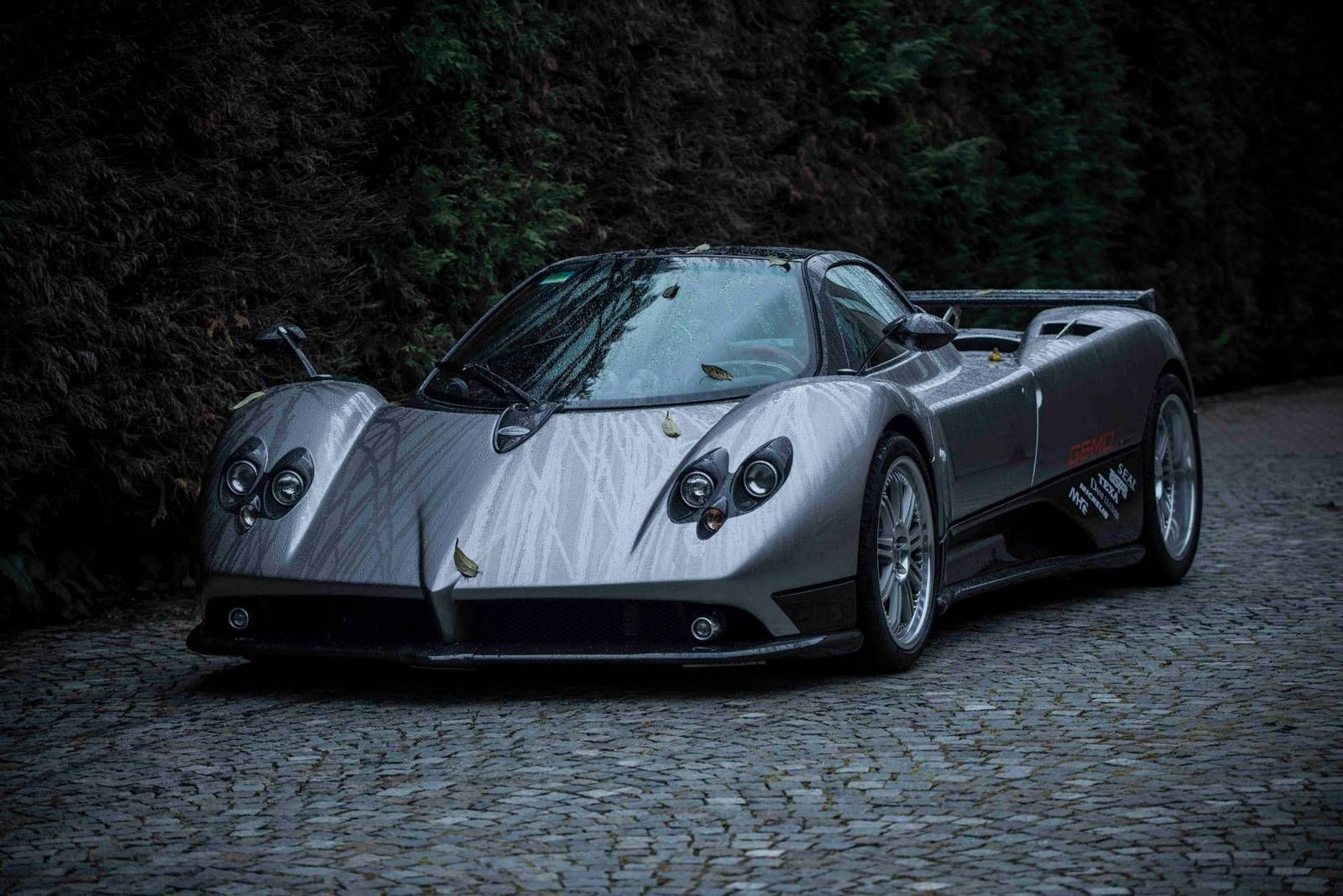 meet the pagani zonda f chassis n 1 gtspirit. Black Bedroom Furniture Sets. Home Design Ideas