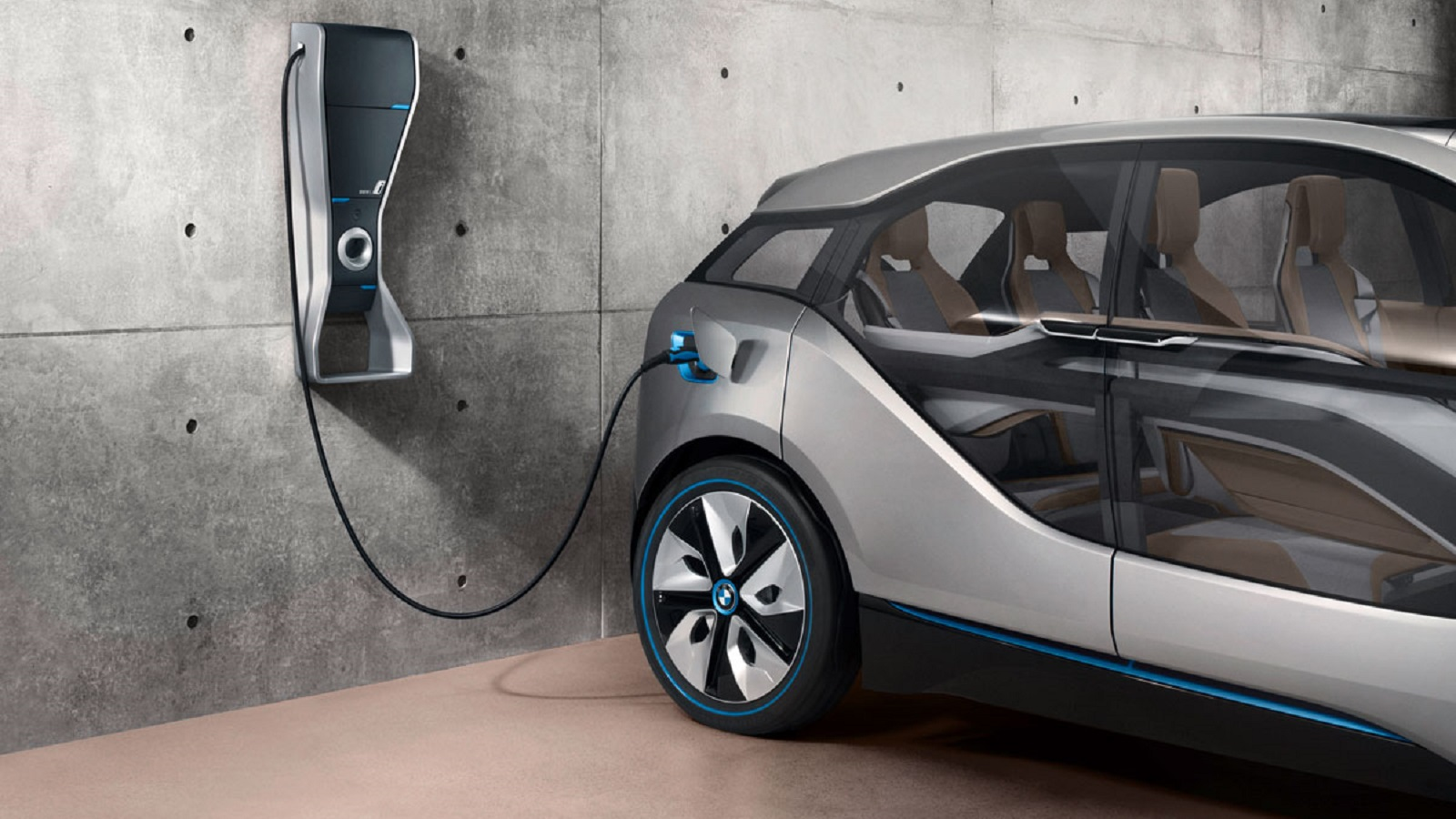 Electric Car Charging Sockets Bmw Introduces Light And Charge Street Lights