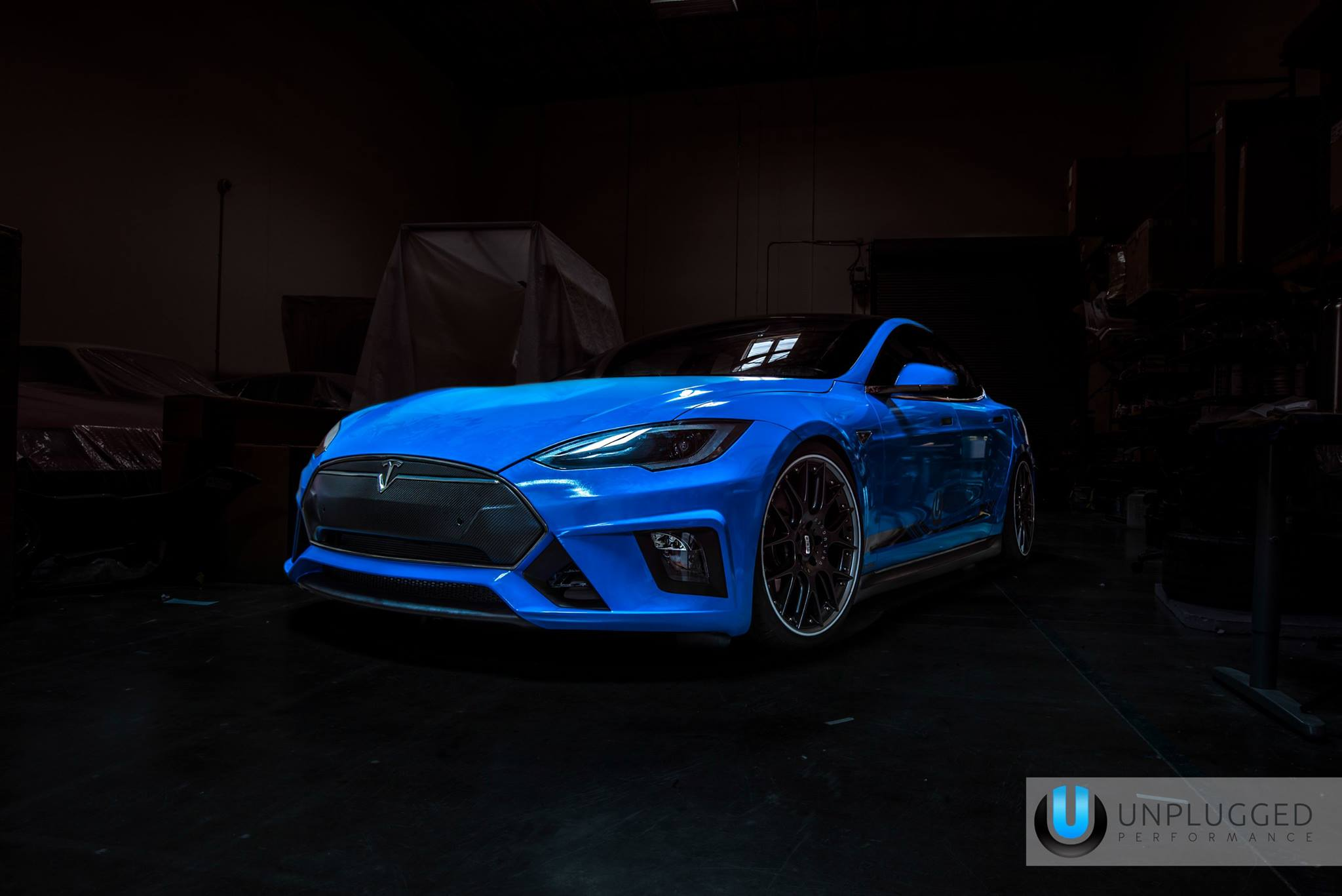Etincelle additionally Sacrilege Sunday Honda Owner Wants To Swap His Riced Civic With Your Skyline furthermore Unplugged Performance Shows Off Blue Tesla Model S furthermore Tesla frass bianco as well The Problem Of Increasing Human Energy By Nikola Tesla. on tesla light