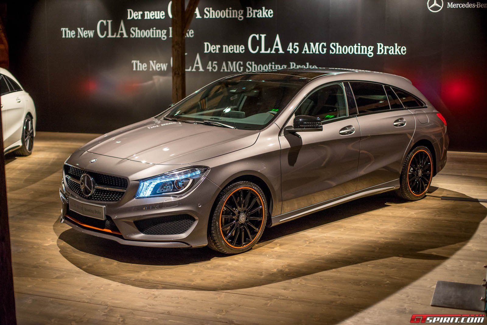 live 2015 mercedes benz cla shooting brake and cla45 amg shooting brake gtspirit. Black Bedroom Furniture Sets. Home Design Ideas
