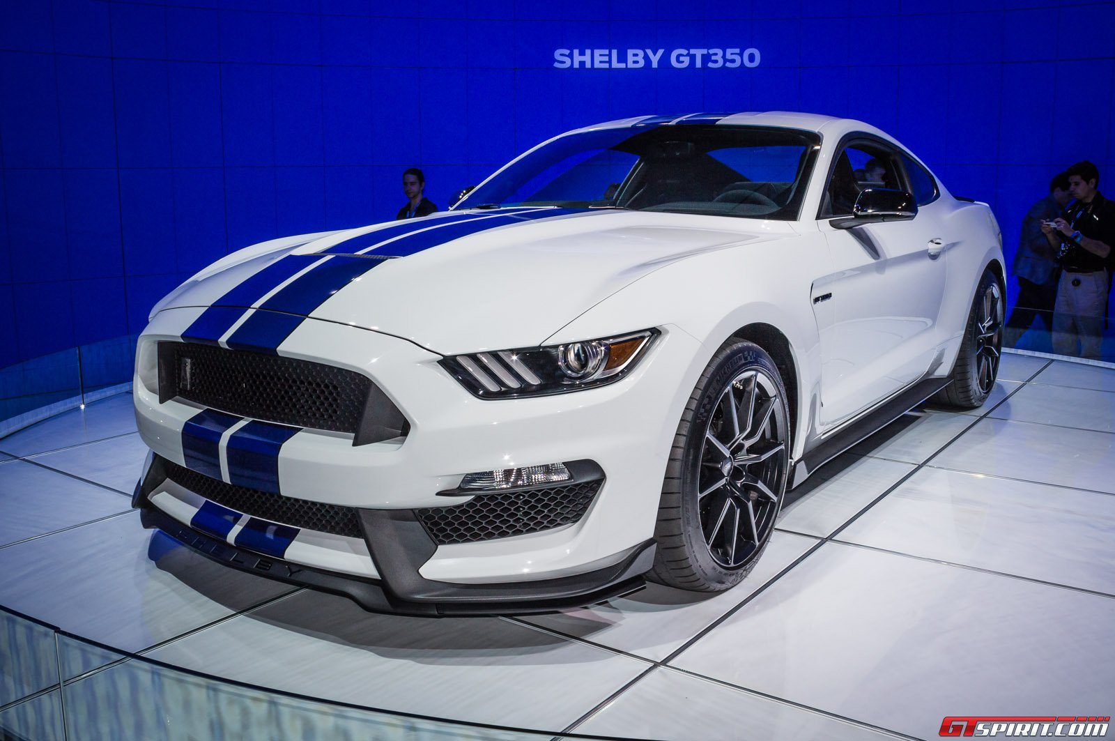 los angeles 2014 ford shelby gt350 mustang gtspirit. Black Bedroom Furniture Sets. Home Design Ideas