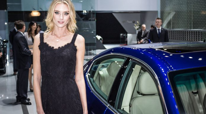 Girls at the Los Angeles Auto Show 2014