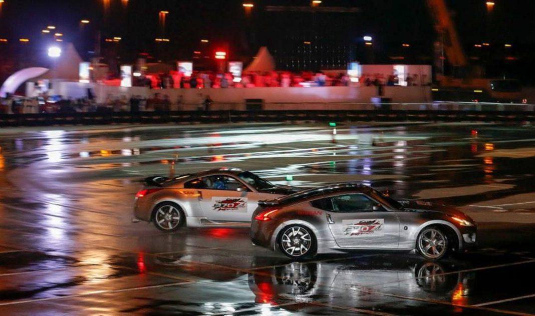 Nissan Sets Twin Vehicle Drifting World Record