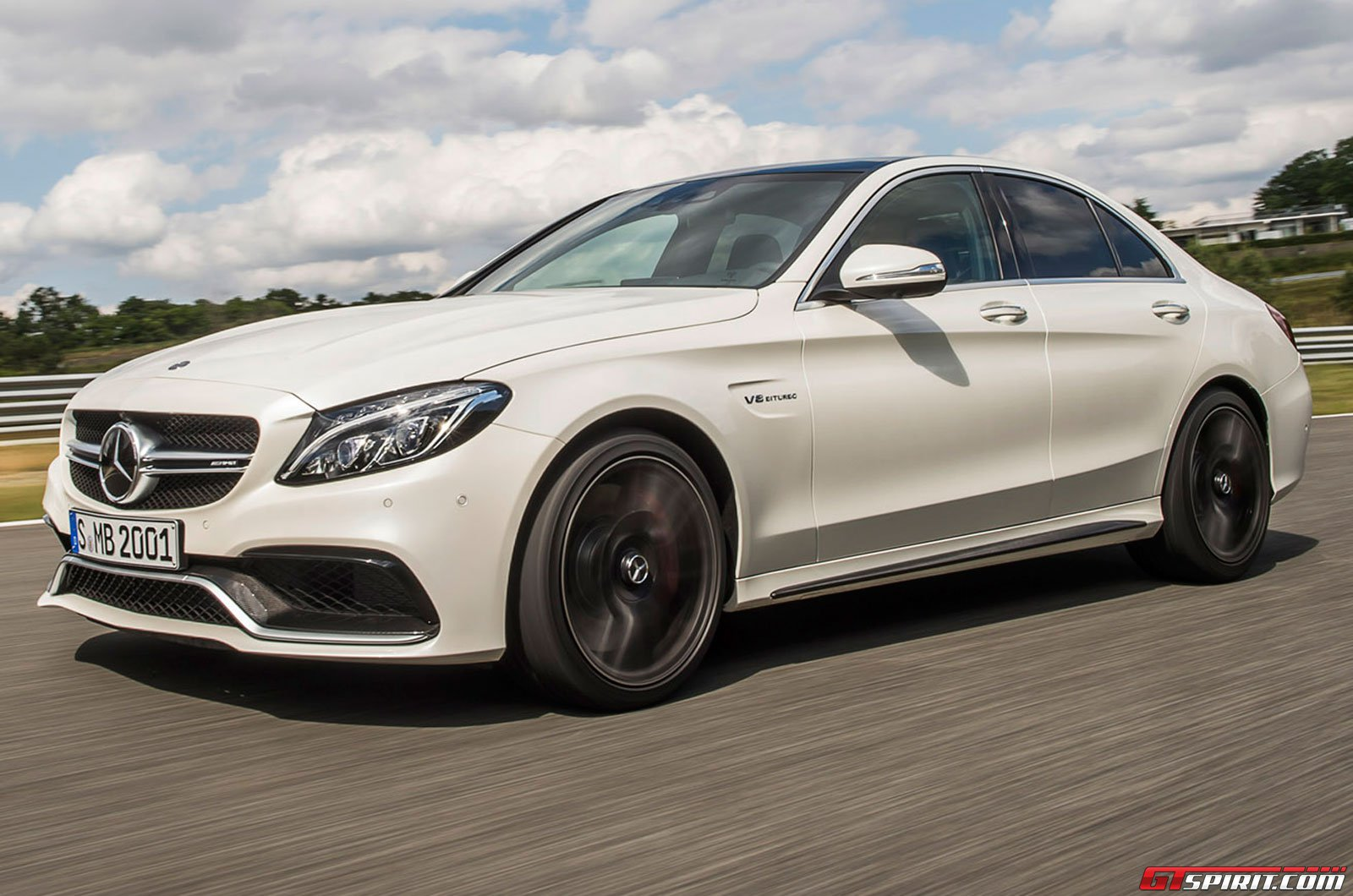 Mercedes benz c class coupe coming in december 2015 gtspirit for Mercedes benz c coupe
