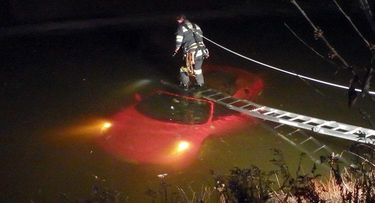 Ferrari F430 Spider Crashes Into Austrian Lake