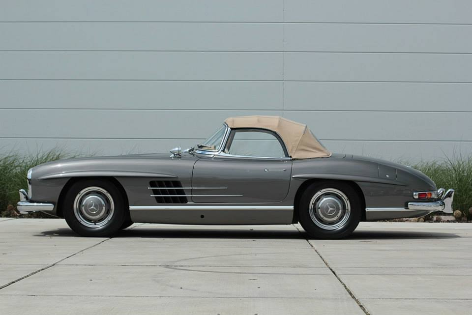 Photo of the Day: Mercedes-Benz 300SL Roadster