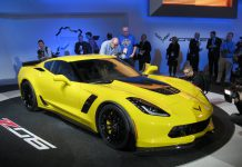 Customer deliveries of 2015 Chevrolet Corvette Stingray