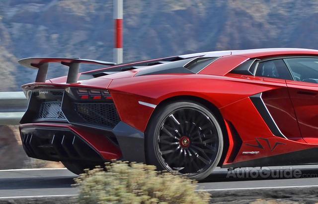2016 Lamborghini Aventador SV Photos Leak Online
