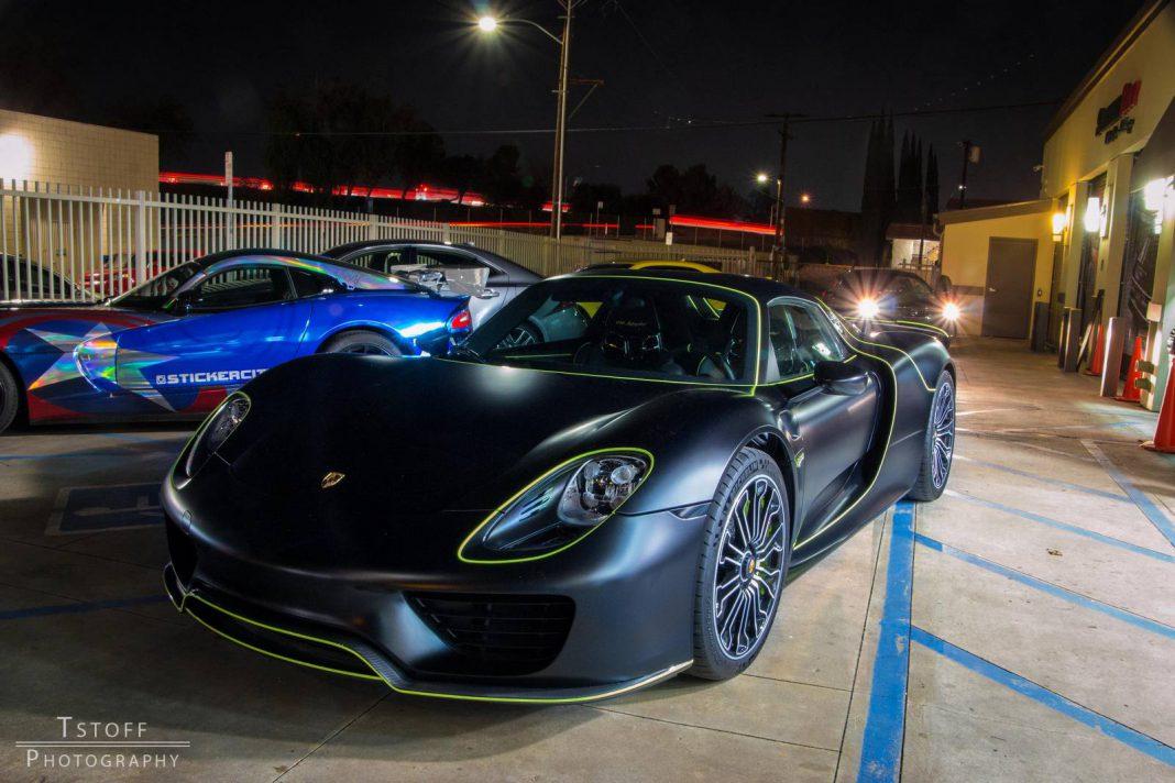 Stealth Black Porsche 918 Spyder!