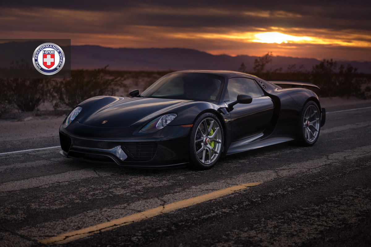 black porsche 918 spyder weissach adorned with hre wheels gtspirit. Black Bedroom Furniture Sets. Home Design Ideas