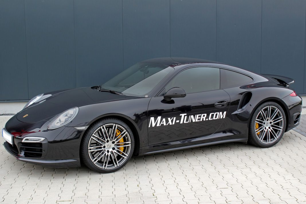 Porsche 911 Turbo by Maxi-Tuner