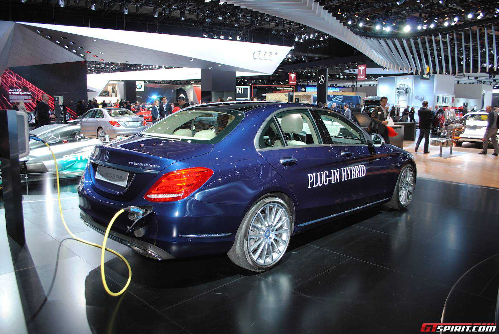 Detroit 2017 Mercedes Benz C350 Plug In Hybrid