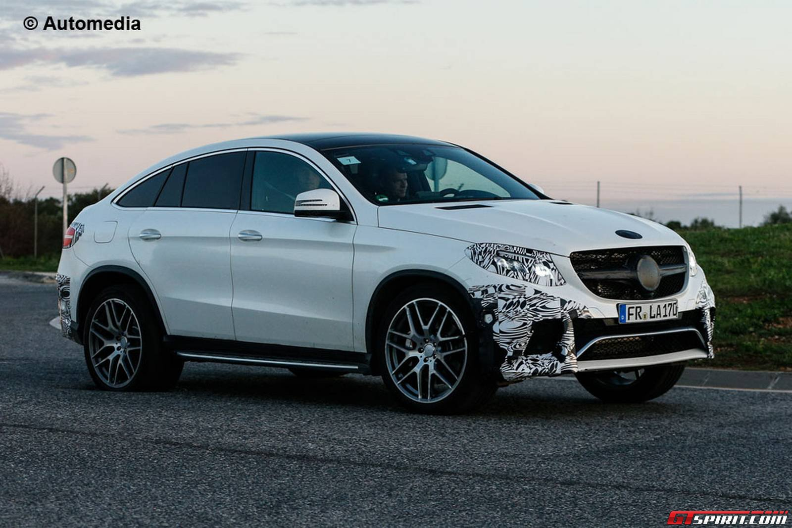 Mercedes benz gle63 amg coupe debuting at detroit gtspirit for Mercedes benz gle 63 amg