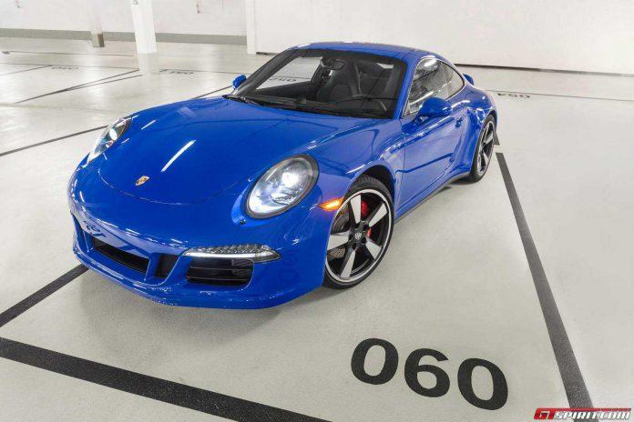 Porsche 911 Carrera GTS Club Coupe