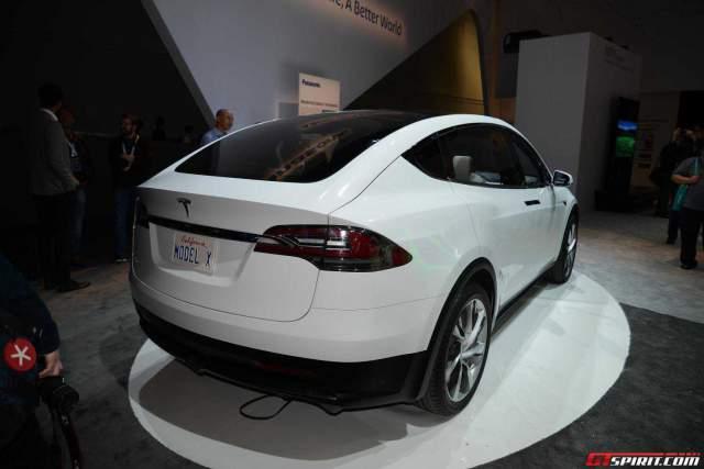 CES 2015: Tesla Model X