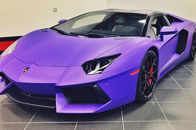 tyga 39 s lamborghini aventador goes matte purple gtspirit. Black Bedroom Furniture Sets. Home Design Ideas