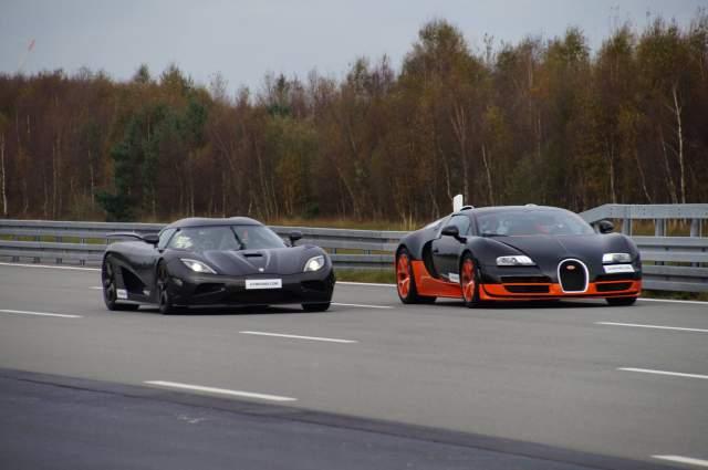 video koenigsegg agera r vs bugatti veyron vitesse race to 360 km h gtspirit. Black Bedroom Furniture Sets. Home Design Ideas