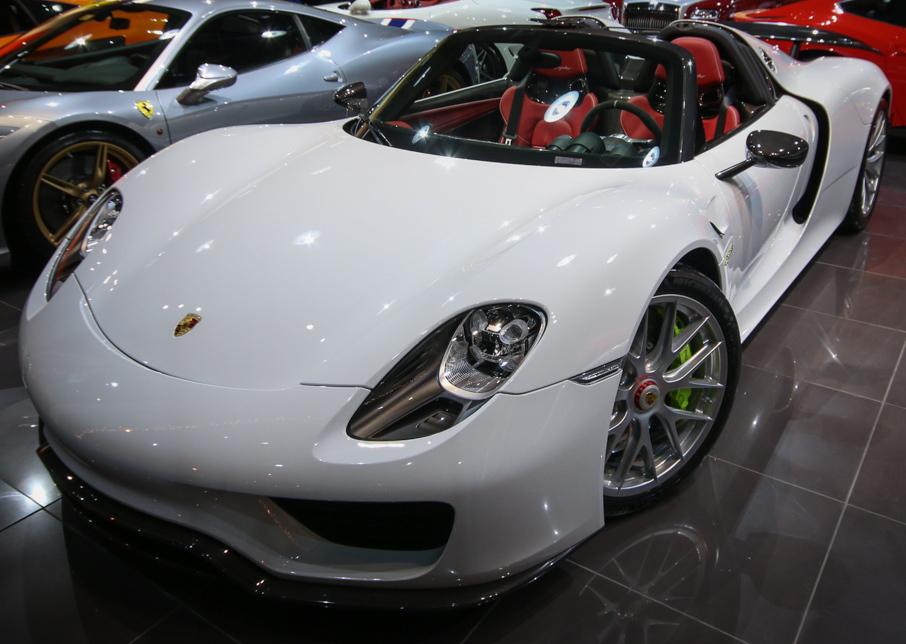 918 spyder white. porsche 918 spyder white