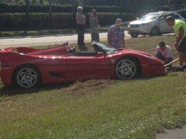 Ferrari F50 Crash in Naples