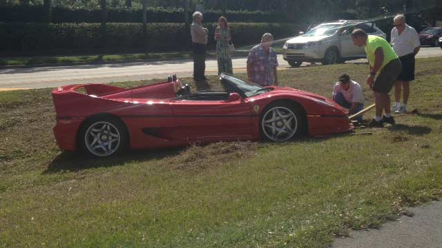 Ferrari F50 Crash in Naples