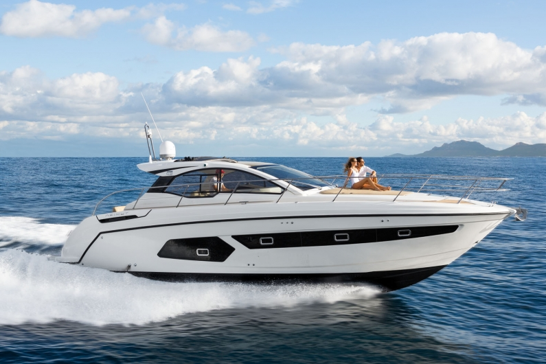 New Atlantis 43 Superyacht by Azimut Yachts
