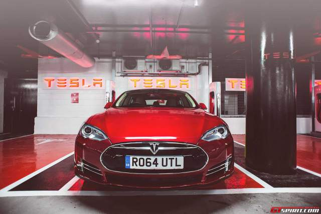 Tesla S supercharging at Westfield in London
